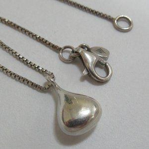 Silpada 925 rain drop sterling silver necklace